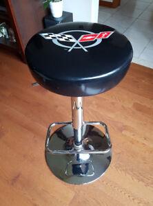 Corvette padded bar stool, chrome stand, swivel and adjustable