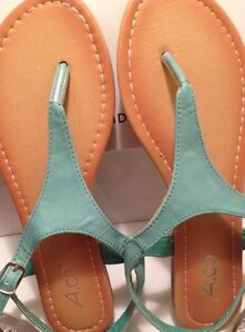 BRAND NEW SIZE 7 TEAL SANDALS Cornwall Ontario image 2