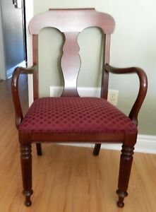 Gibbard Solid Cherry Dining Suite Kingston Kingston Area image 5