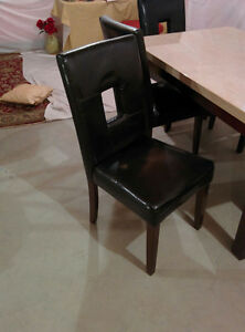 Dining Set: Table and 5 Chairs [Excellent Condition]