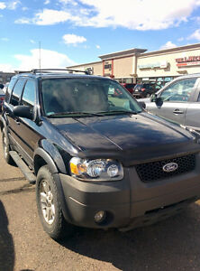 Very low km Ford Escape for sale - Meticulously maintained
