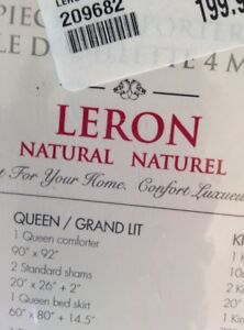 A good quality comforter, Leron Natural, size queen, never used