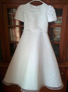 Superbe robe de mariage pour fillette