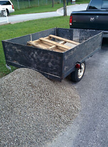 UTILITY TRAILER WITH CANOE/KAYAK POTENTIAL