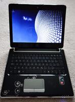 "HP Pavilion dv2-1027ca 12.1"" netbook with HP neoprene sleeve"