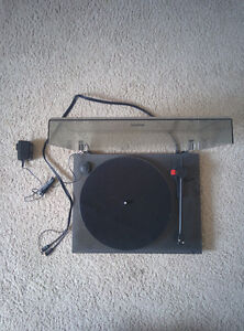 ProJect Audio vinyl/record player turntable