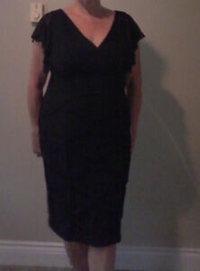 'Alex Evenings' Black dress