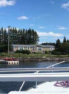 Waterfront Home - Tidnish, NS