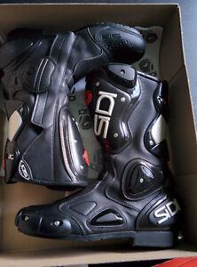 Sidi Vertebra 2 Race Boots size 8.5