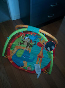 BRIGHT STARTS™ ZOO ACTIVITY GYM