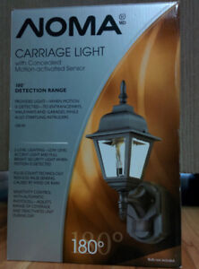 Noma Carriage Light with concealed motion-activated sensor