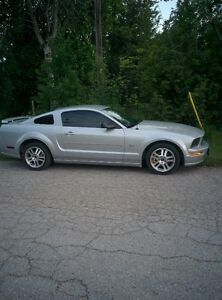 2005 FORD MUSTANG GT, Certified & Drive Clean E-Tested.