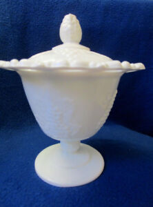 INDIANA COLONY HARVEST GRAPE MILK GLASS LACE EDGE COVERED JAR