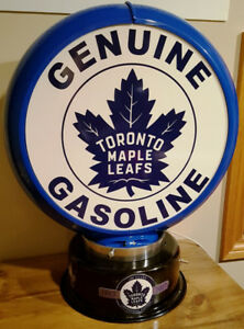 Toronto Maple Leafs (TML)  gas pump globe table lamp. Light.