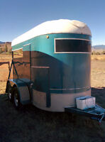 Stunning, maintained, newly wired and painted horse trailer