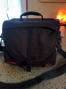 Canon DSLR lowpro carrying bag