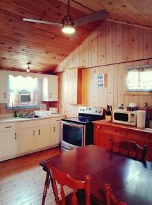 Ipperwash beach cottage for rent near Grand Bend Lake Huron I