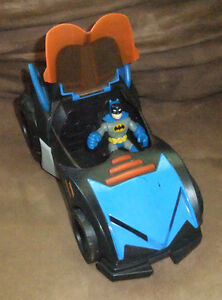Imaginext DC Superfriends Batmobile by Fisher Price, 2009 West Island Greater Montréal image 2