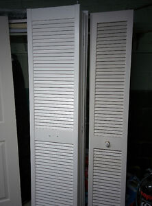 Portes pliantes garde-robe Folding doors closet