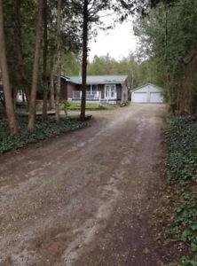 Inverhuron Cottage. Sleeps 10