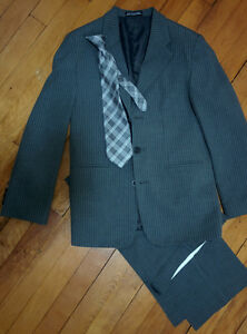 Gray striped suit size 12 Windsor Region Ontario image 1