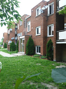 one bedroom apartment in east of Windsor