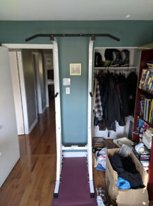 Pull-up bar - barre de traction