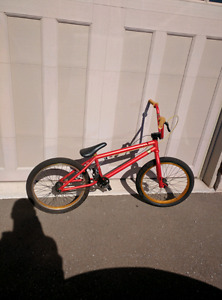 """KINK Launch (OBO) - excellent condition, 20"""" frame"""