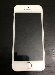 UNLOCKED iPhone 5s 16GB - PERFECT CONDITION!   White/silver