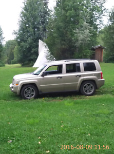 Wanted to trade 2009 jeep patriot  producing car or pickup