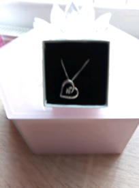 NEW STERLING SILVER DIAMOND SET HEART NECKLACE