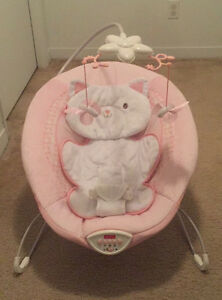 Bouncer Fisher-Price - My Snugakitty West Island Greater Montréal image 1