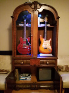 Guitar cabinet for 2 guitar display.
