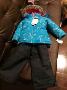 3t snowsuit new with tags