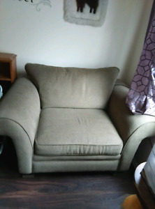 X wide upholstered chair. Exc condition