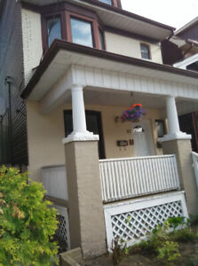 Individual room for rent (near Ossington Station)