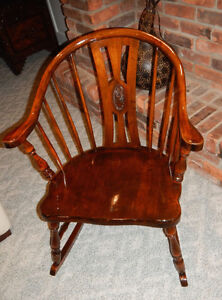 Canadian Made Antique Rocking Chair - Tub Style !