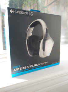 Logitech G933 Gaming Headset
