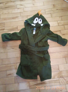 Two cute bathrobes for boy-2T and 3T
