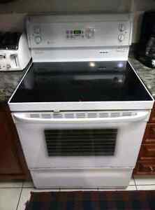 General Electric Oven/stove