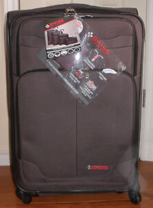 New Swiss Travel Products Large Suitcase