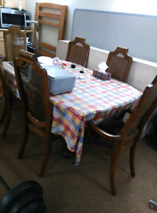 Solid wood dining table with 6 chaird