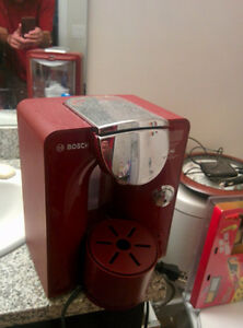 RED BOSCH COFFEE MACHINE MAKER