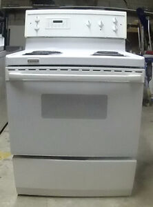 Frigidaire  White Clean Stove