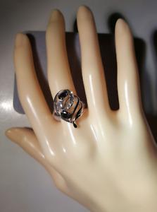 925 Silver Unique Black Stone Ring - sz 8