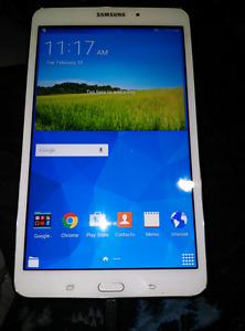 16 g 8 inch Samsung tab-4
