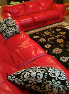 poppy Red Top of the line leather sofas. Kitchener / Waterloo Kitchener Area image 4