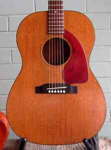 Looking for a particular Gibson LGO
