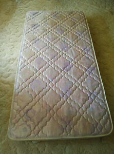 Mint Condition Twin/Double Mattress for Sale