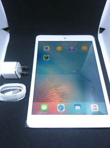 Ipad mini first gen 16GB with case, charger and plug